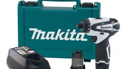 This is an image of the makita compact drill