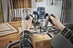 Reviewing the Bosch PR011 Plunge Base