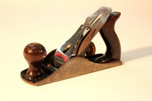 How to use a hand plane - smooth plane